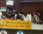 Pai Lai on Oyster Bowl Float